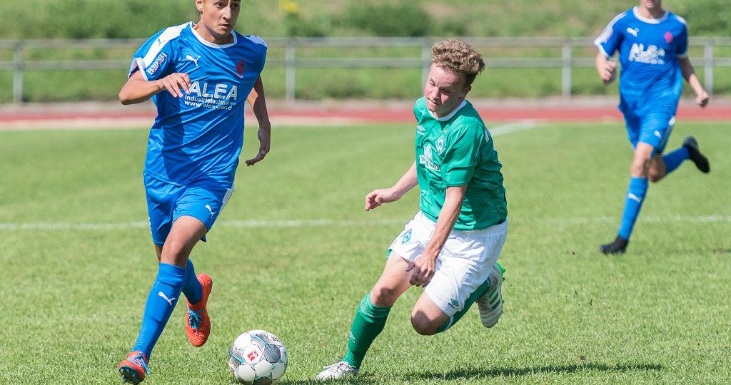 Blumenthaler SV vs. SV Werder Bremen C-Junioren Regionalliga Nord Burgwall-Stadion